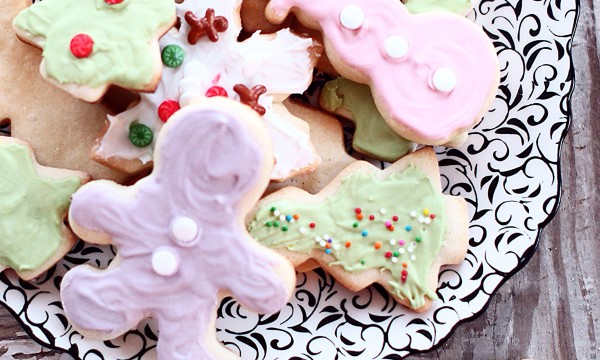 The beast sugar cookie recipe out there! Melting in your mouth, buttery, simply perfect !