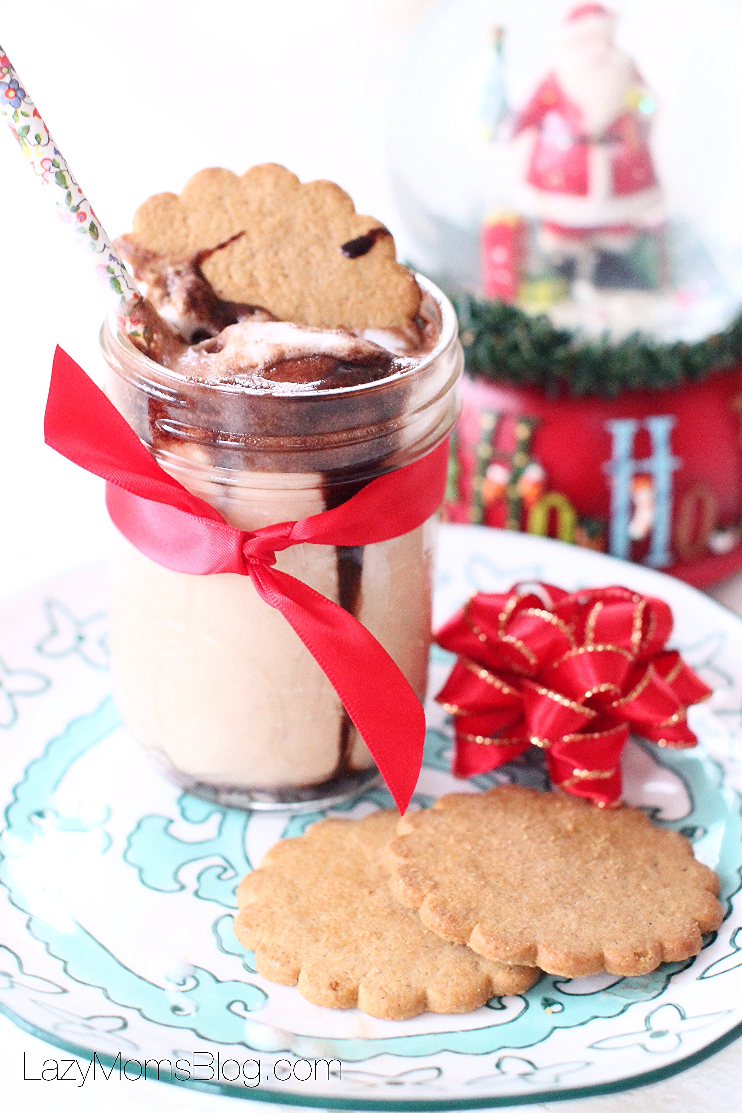 This chocolate peanut butter and gingerbread Christmas shake is a perfect treat!