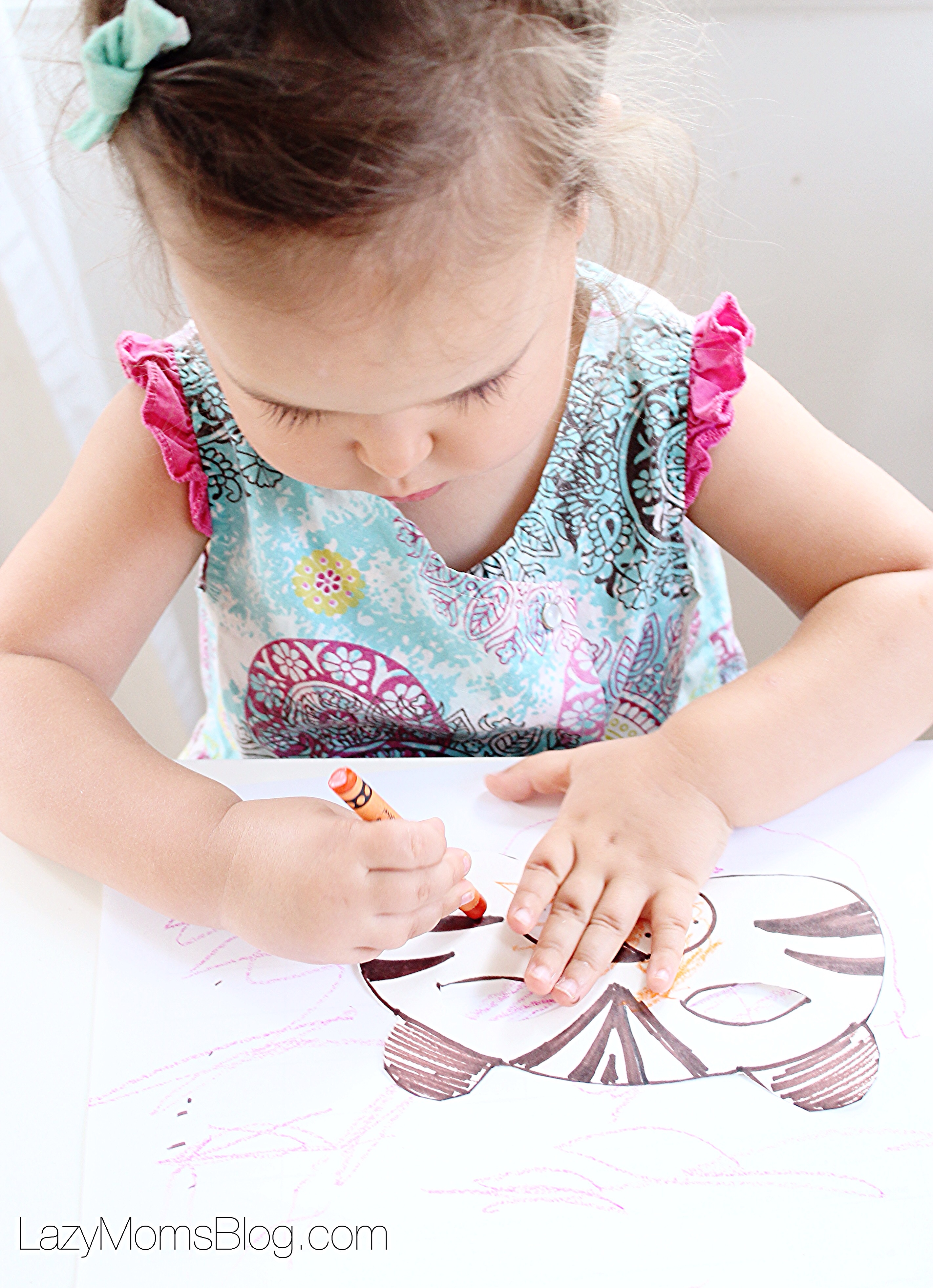 Series that inspires your kid to craft