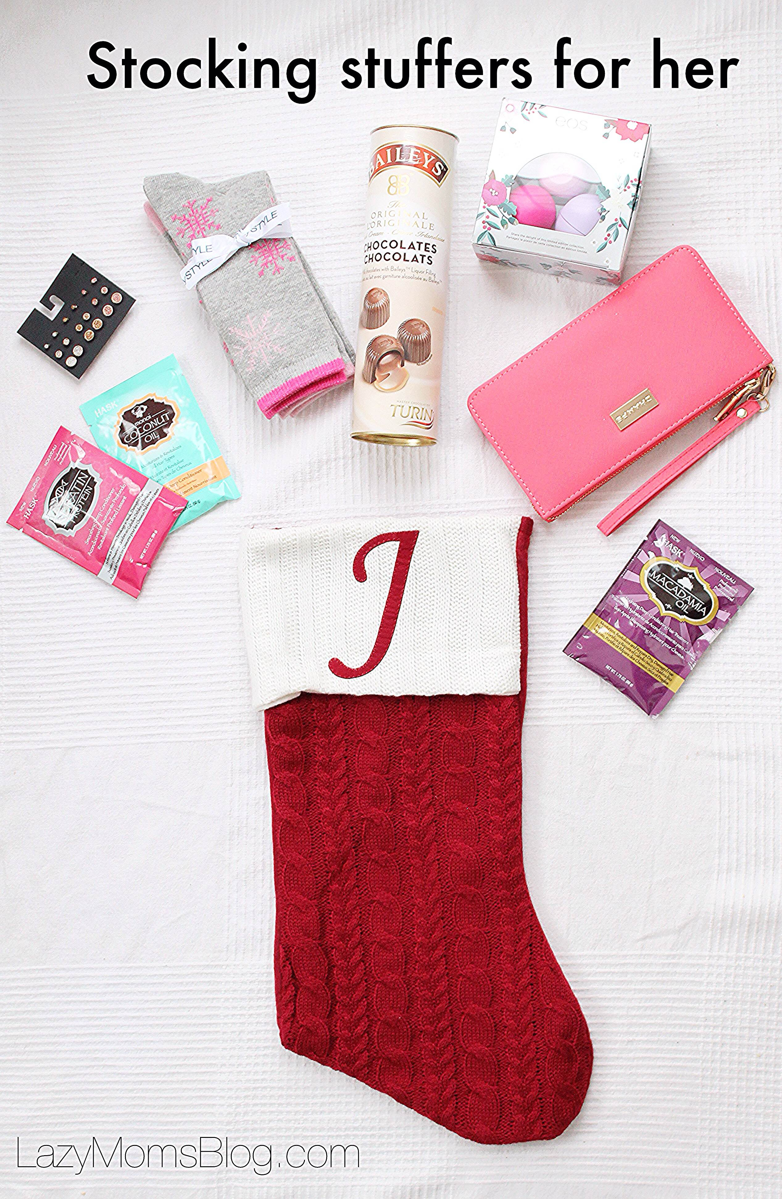 stocking stuffers for entire family , great finds for stocking stuffers for 25$ or less!