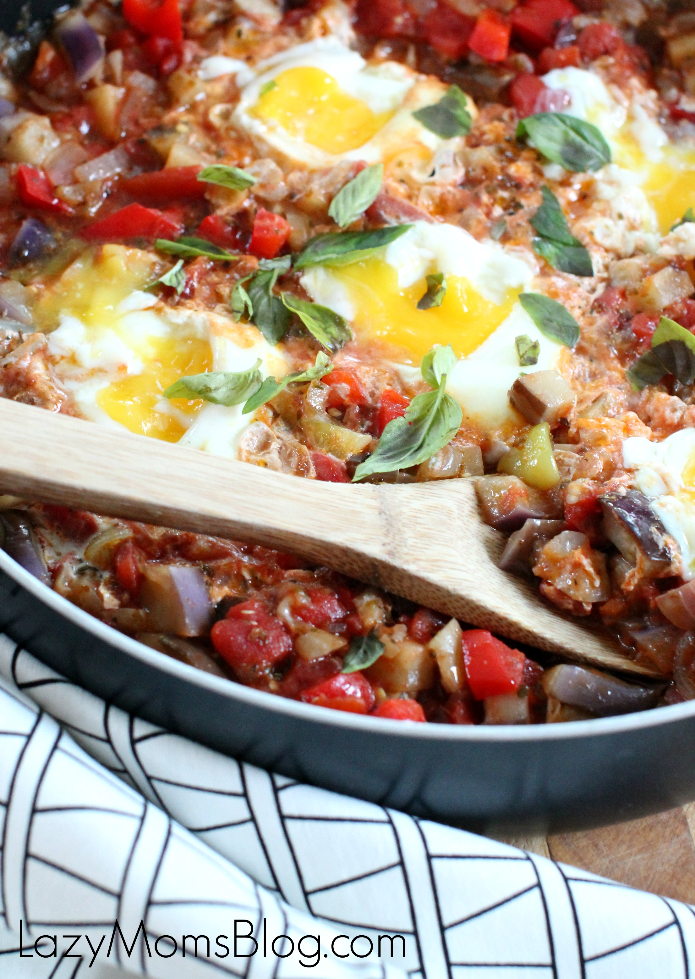 This hearty shakshuka is a perfect vegetarian meal for these cold winter days!