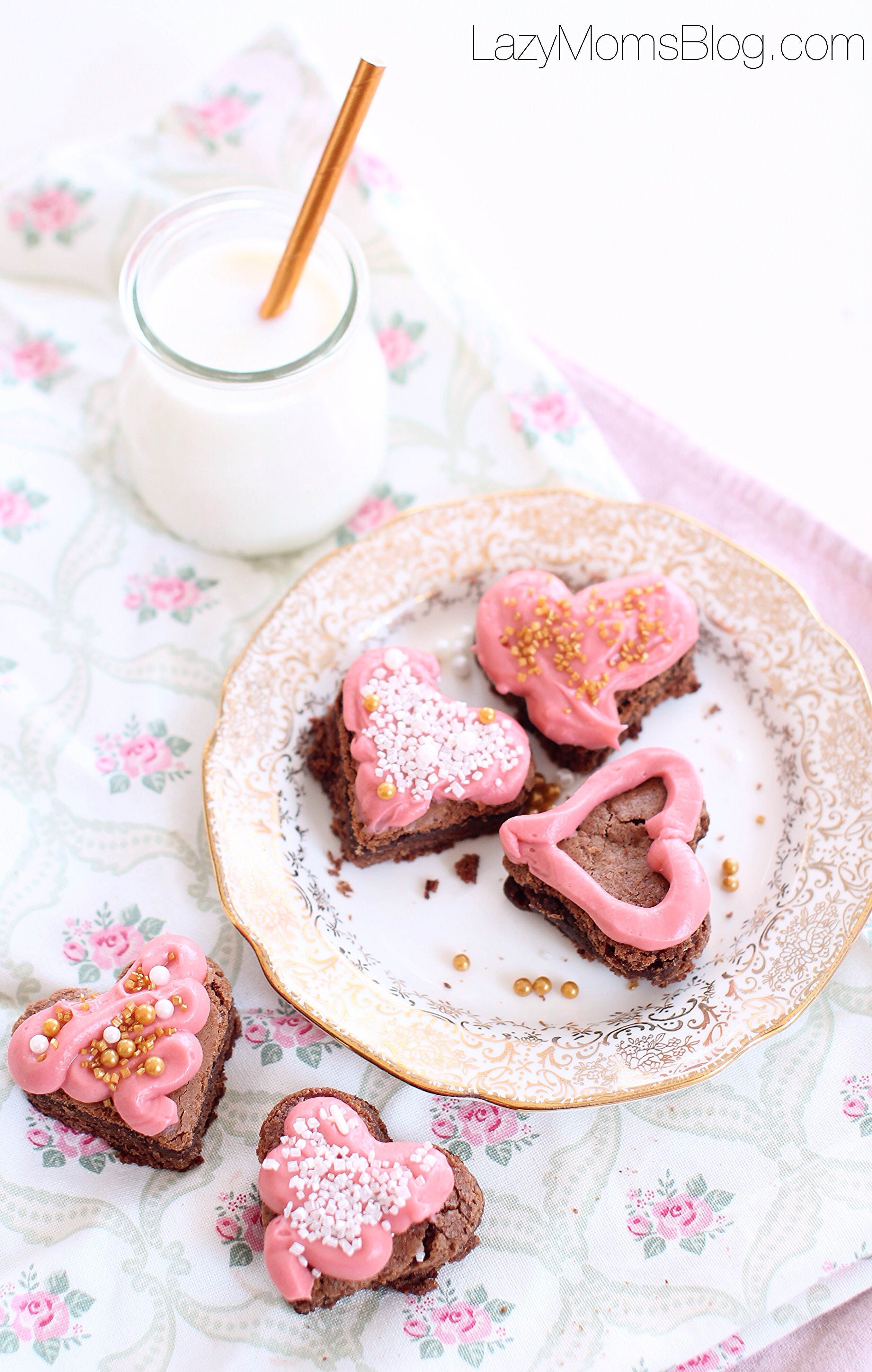 simple valentine's day dessert: brownie bites with cream cheese frosting!